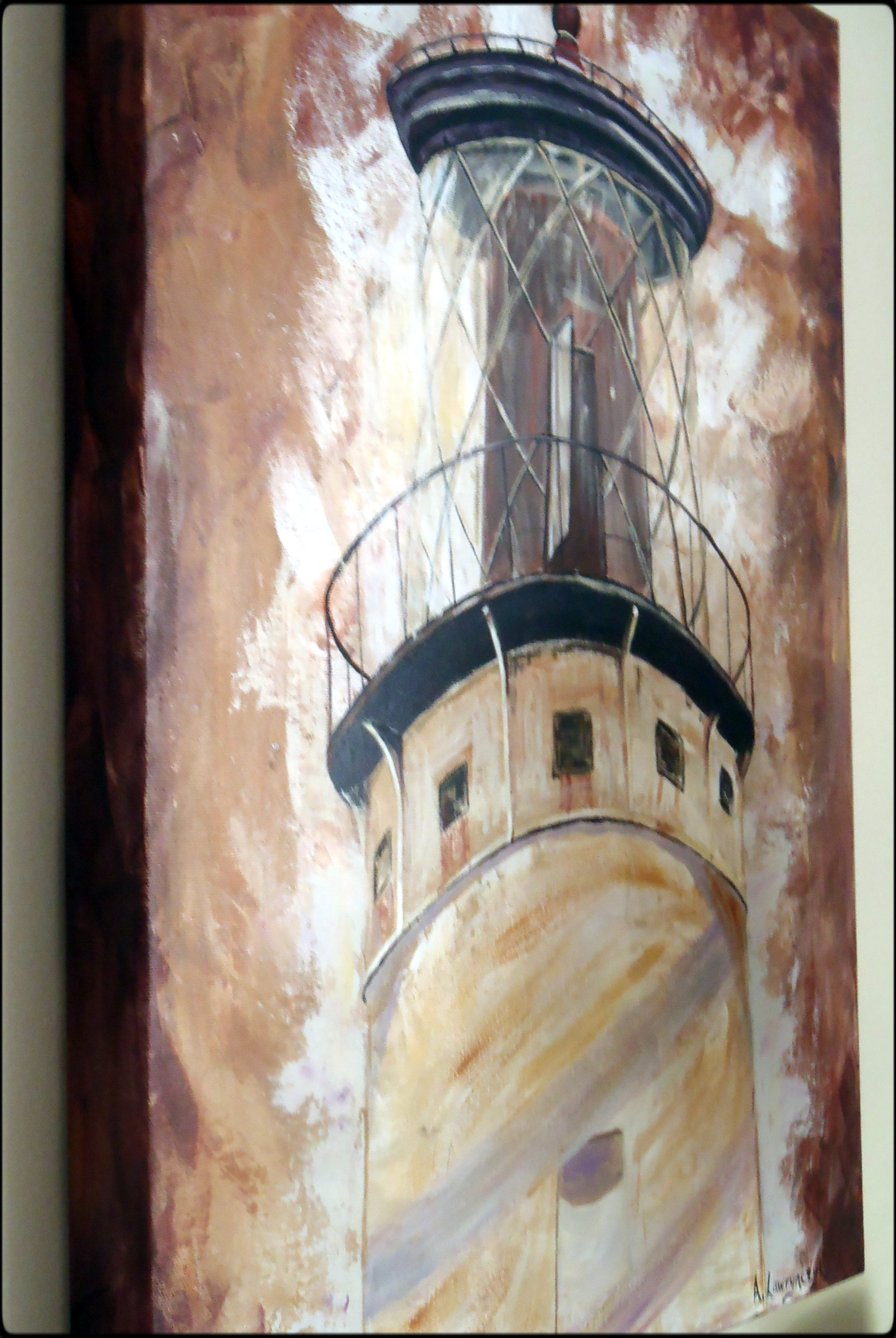 Side view - the painting is extended along the edges.